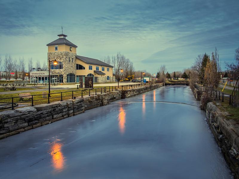 Photo Location Guide: Canada. Montreal. Parc René-Lévesque. Lachine Canal